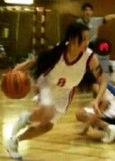 土屋太鳳の中学校時代のバスケ姿