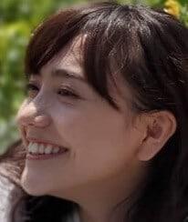 松井愛莉の横顔