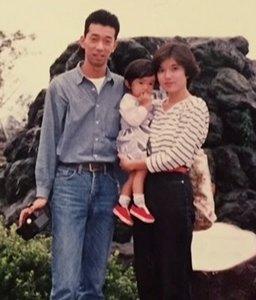佐藤栞里の家族写真