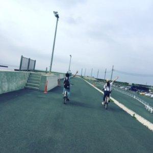 福原遥が弟とサイクリング