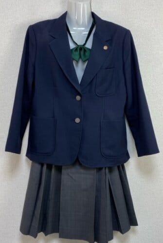 伊川谷高校の制服